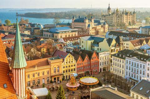 Luftbildaufnahme vom Schweriner Marktplatz