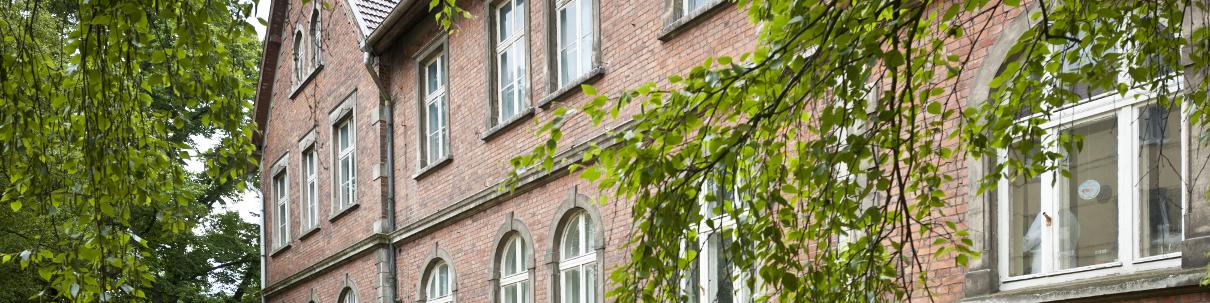 HygCen Firmensitz in der alten Frauenklinik Seeblick in Schwerin